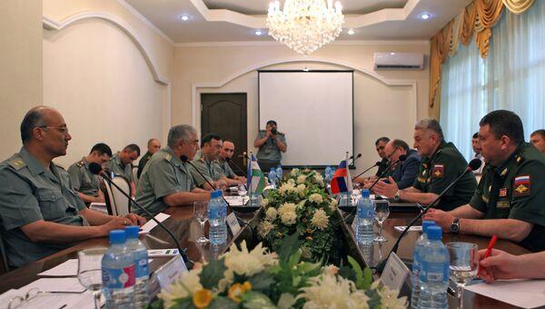 Встреча делегаций Минобороны Узбекистана и России в Ташкенте