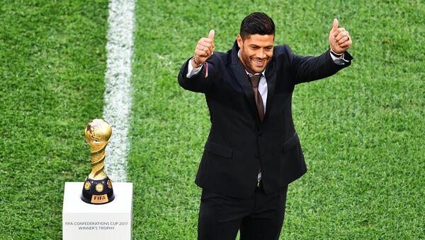 Бразильский футболист Халк перед началом финального матча Кубка конфедераций-2017 по футболу. Архивное фото