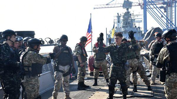 Военнослужащие США на военных учениях Sea Breeze