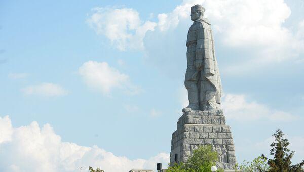 Монумент в память советских воинов-освободителей Алеша на Холме освобождения в Пловдиве