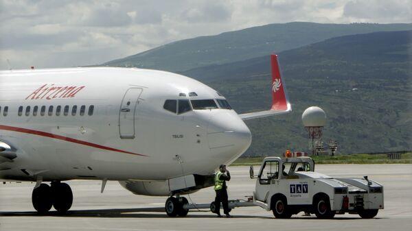 Самолет грузинской частной авиакомпании Airzena — Georgian Airways