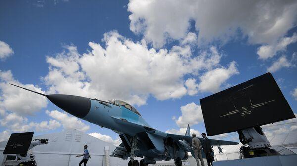 Многоцелевой фронтовой истребитель МиГ-35, представленный на Международном авиационно-космическом салоне МАКС-201 в подмосковном Жуковском.