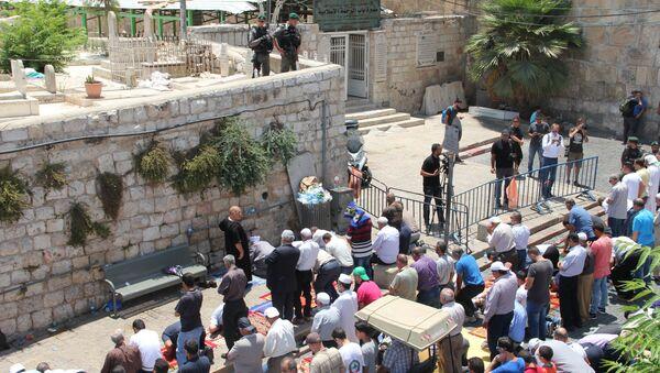 Мусульмане в Иерусалиме протестуют проттв установки металлодетекторов при входе на Храмовую гору. Архивное фотоу.