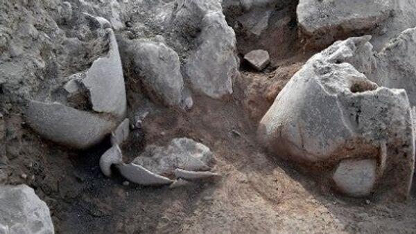 Древние кувшины, найденные на месте библейского Силома