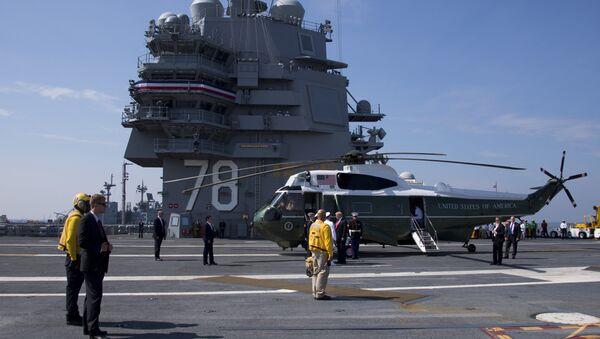 Президент США Дональд Трамп принял участие в церемонии спуска на воду нового авианосца американских ВМС Gerald Ford