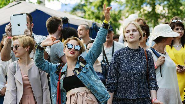Зрители на фестивале Усадьба JAZZ в Воронеже. 22 июля 2017