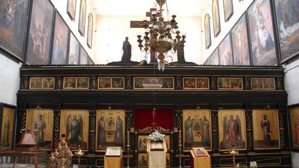 Интерьер Александр-Невского храма в Александровском подворьем в Иерусалиме