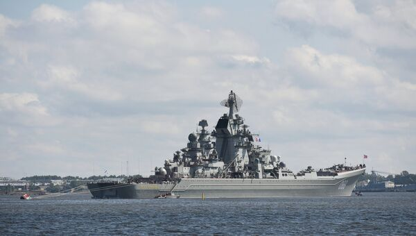 Атомный крейсер Петр Великий прибыл в Кронштадт
