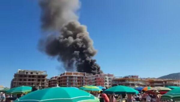 Взрыв в ресторане в Албании. Стоп-кадр с видео