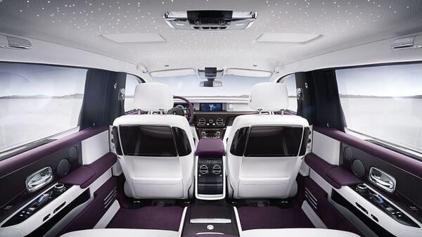 Салон автомобиля Rolls-Royce