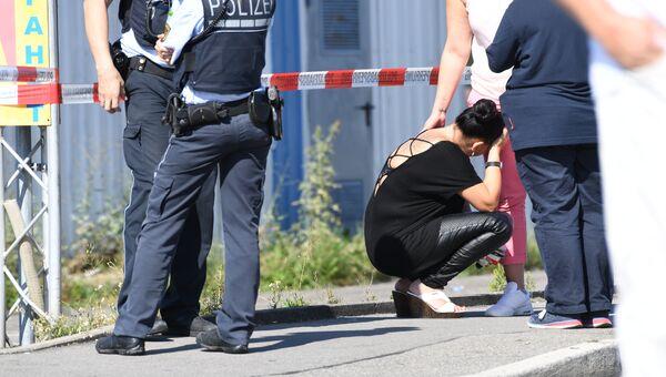 Полиция напротив клуба Grey в городе Констанц, где произошла стрельба. 30 июля 2017