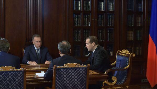 Председатель правительства РФ Дмитрий Медведев проводит совещание с вице-премьерами РФ.  31 июля 2017