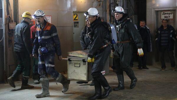 Горноспасатели на руднике Мир. 4 августа 2017