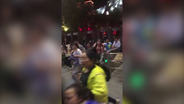 Паника, ступор и разрушенная инфраструктура: землетрясение в Китае
