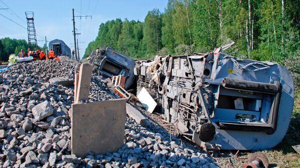 Последствия подрыва поезда № 166 Невский экспресс. 2007 год