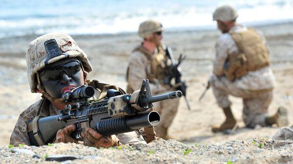 Морпехи США во время десантной операции в Пхохане, Южная Корея