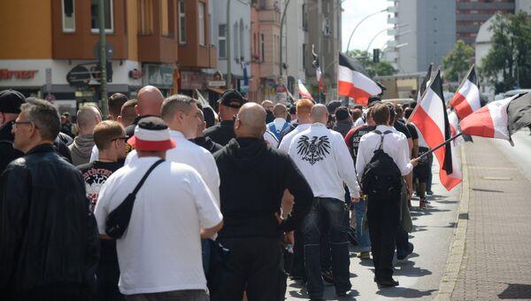 Акция неонацистов в Берлине в годовщину смерти Рудольфа Гесса.