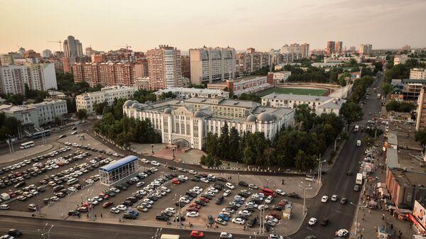 Комсомольская площадь и стадион Локомотив в Самаре
