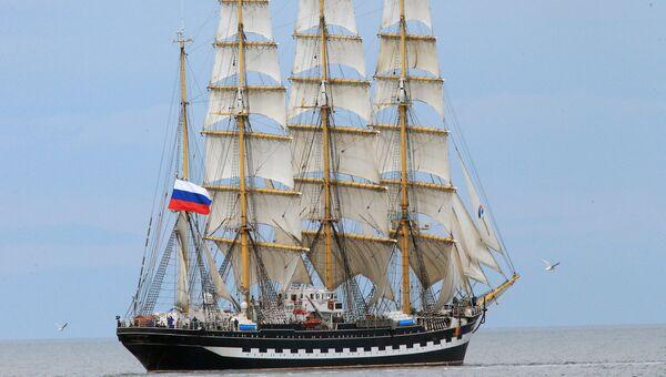 Барк Крузенштерн на Балтийском море