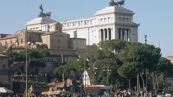 Рим. Площадь Венеции. Архив