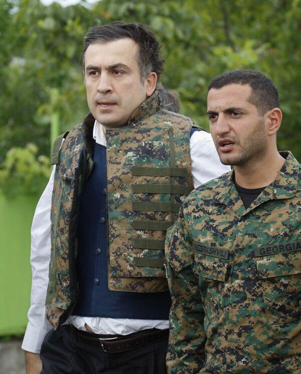 Президент Грузии Михаил Саакашвили и министр обороны Давид Кезерашвили