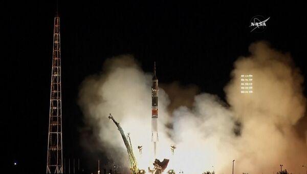 Запуск Союза к МКС и встреча на орбите: новый экипаж прибыл на станцию