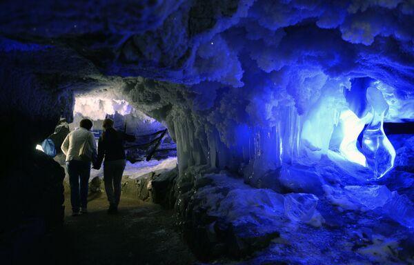 Кунгурская ледяная пещера в Пермском крае
