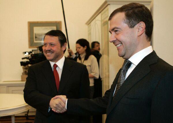Король Иордании Абдалла Второй и Президент РФ Дмитрий Медведев. Архив