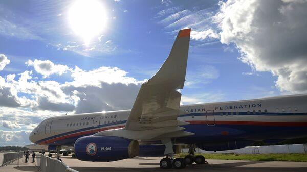 Самолет авиационного наблюдения Ту-214ОН, созданный для облета стран — участниц Договора по открытому небу (The Treaty on Open Skies)
