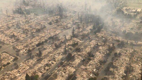 Территории, пострадавшие от пожара к северу от Сан-Франциско, Калифорния, США. 9 октября 2017