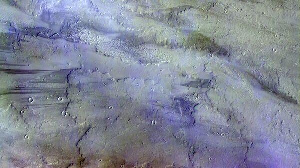 Фотография марсианских облаков, полученная зондом TGO