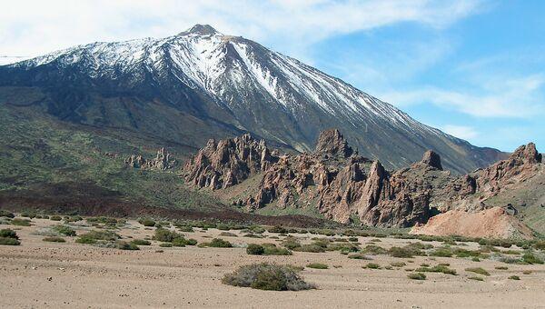 Вулкан в национальном парке Тейде на острове Тенерифе. Архивное фото