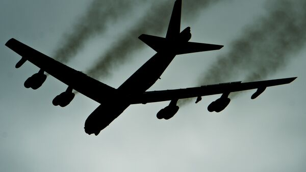 Американский стратегический бомбардировщик B-52H Stratofortress во время учений Global Thunder 17. 30 октября 2016