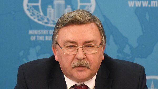 Михаил Ульянов во время совместного брифинга МИД России, Минобороны России и Минпромторга России