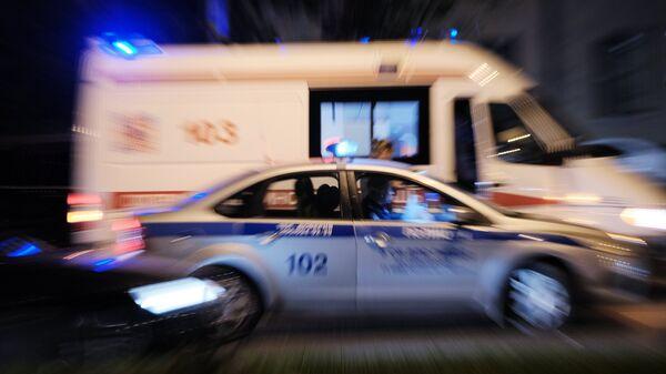 Полиция и скорая помощью. Архивное фото