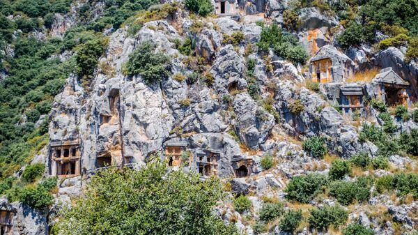 Ликийские скальные гробницы в Мире (Демре, Турция)