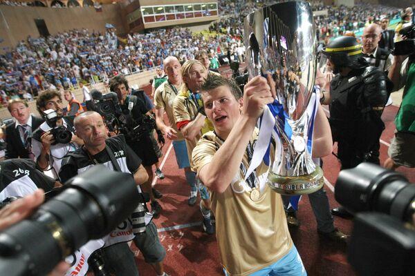 Команд Зенит, ставшая обладателем Суперкубка Европы по футболу
