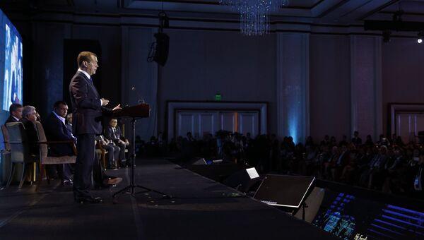 Премьер-министр РФ Дмитрий Медведев на саммите АСЕАН в Маниле. 13 ноября 2017