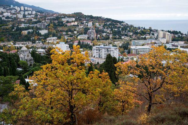 Вид на город Ялта