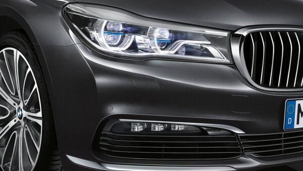 Автомобиль BMW 7. Архивное фото