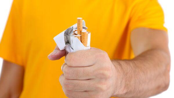 В Совфеде оценили предложение Минздрава штрафовать за курение на работе