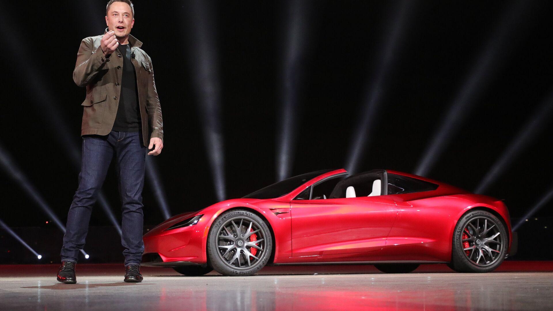 Инженер, предприниматель, изобретатель и инвестор Илон Маск на презентации новинок автомобильного подразделения компании Tesla Motors. 17 ноября 2017 - РИА Новости, 1920, 26.01.2021