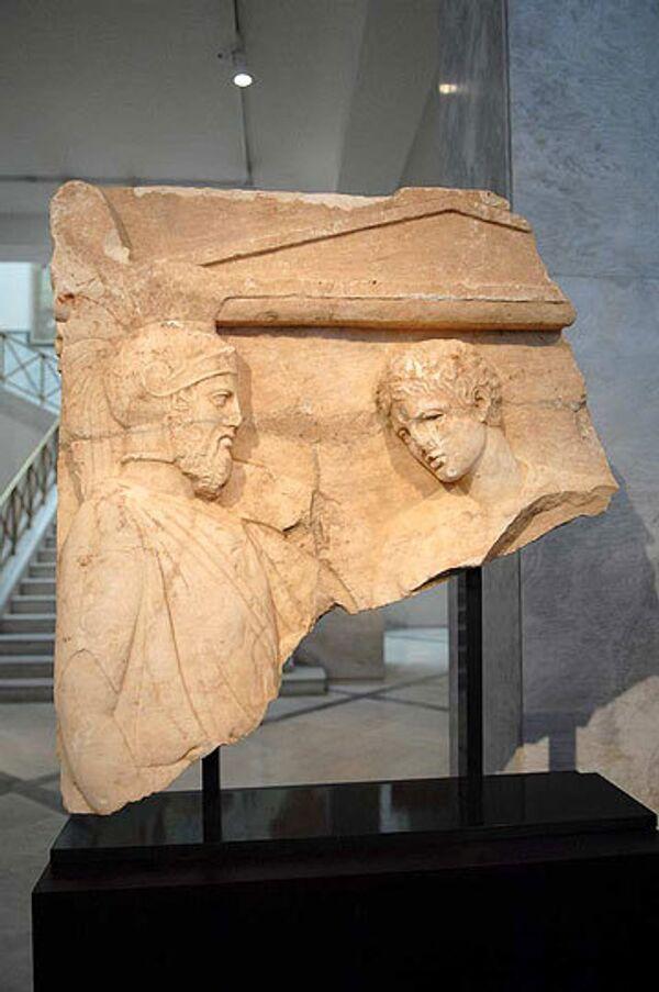 Два ценных античных экспоната вернулись в Грецию из США