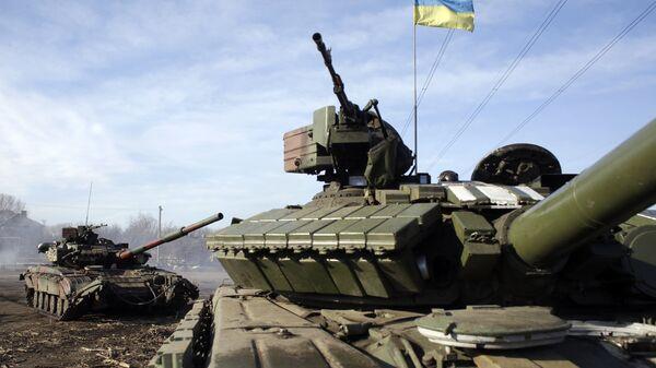 Танки украинской армии около Горловки. Архивное фото