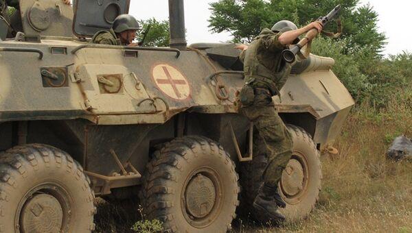 Прохождение службы француза с двойным гражданством Яна Авриля гранатометчиком в 542-м батальоне морской пехоты в Севастополе. Архивное фото