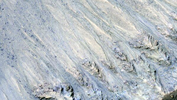 Темные полосы на Марсе