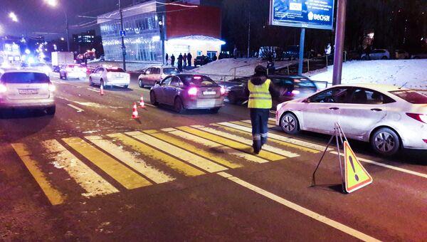 Последствия ДТП с участием автомобиля Skoda на Алтуфьевском шоссе. 3 декабря 2017
