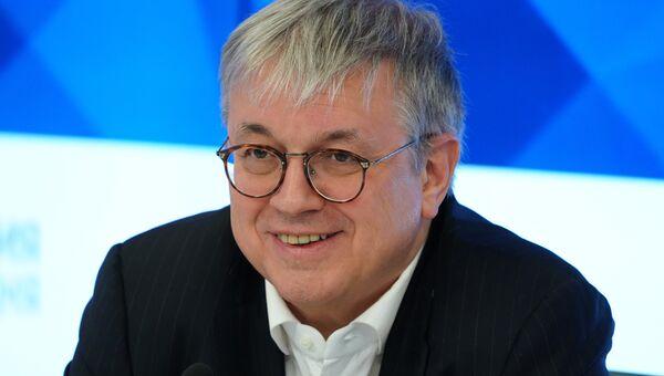 Ректор НИУ ВШЭ Ярослав Кузьминов в ММПЦ МИА. Архивное фото