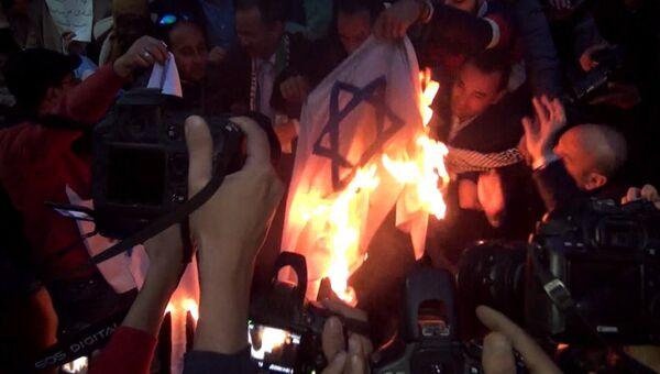 Демонстрации и беспорядки на Ближнем Востоке после решения США по Иерусалиму