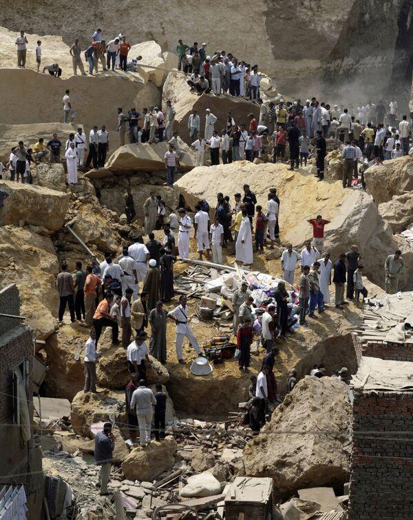 Обвал скал на жилой район Каира в Египте